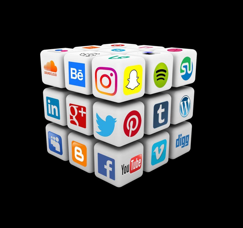 Médias sociaux: un élément essentiel dans la réussite de la communication digitale